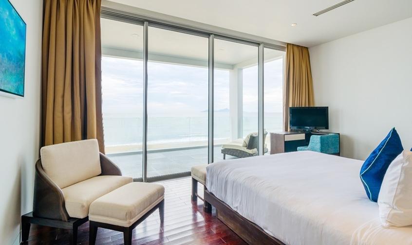 Beachfront villas Da Nang, biet thu mat bien da nang, thue biet thu da nang